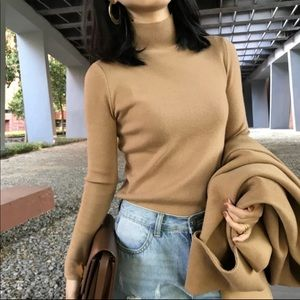 Sweaters - Caramel knit top